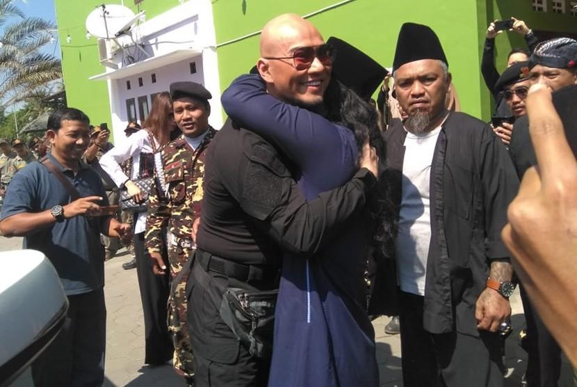 Deddy Disarankan Lebih Banyak Belajar Islam