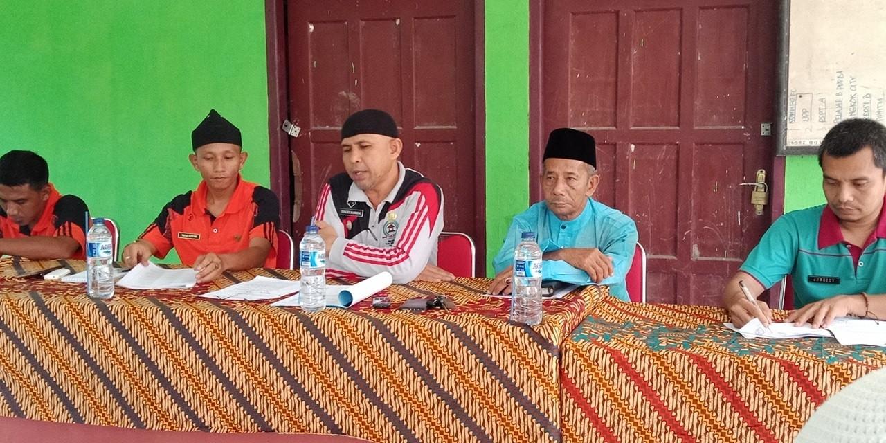 H. Bakhtiar. AH Datuk Bondaro Sakti, Hadir pada rapat MTQ Kec Kep di KAtor Desa Kep Barat