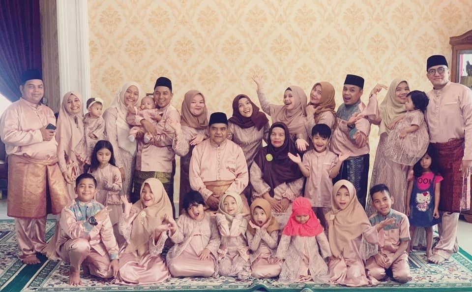 fhoto_keluarga.jpg