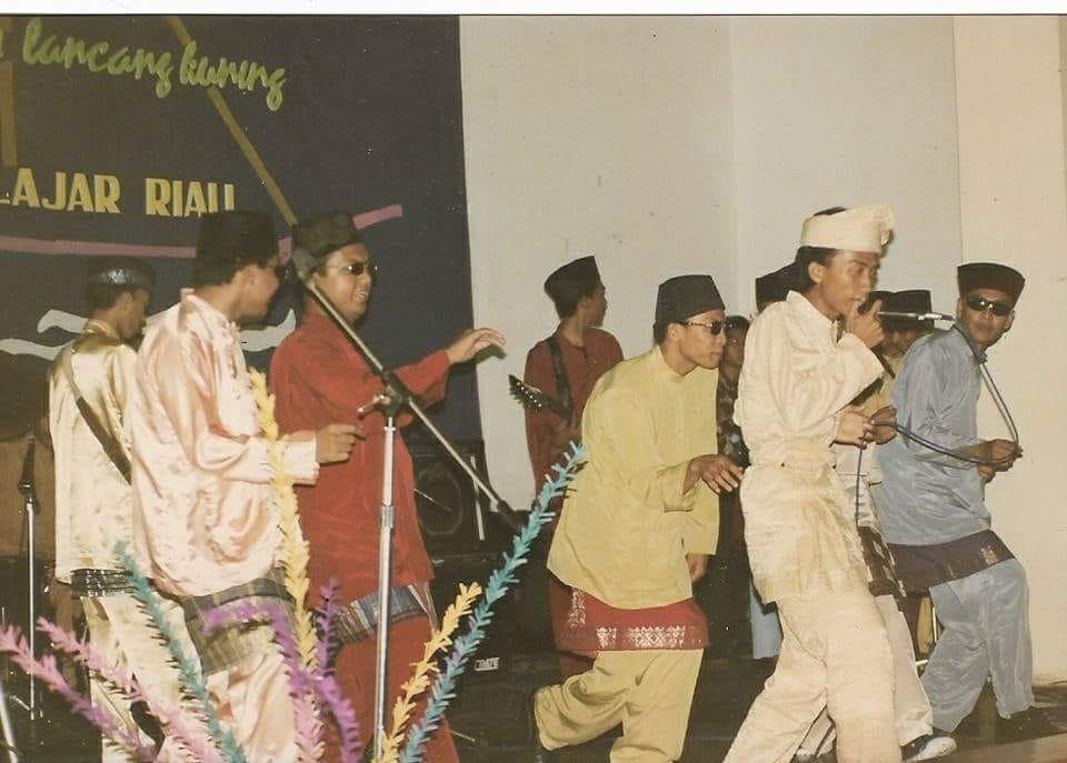 Foto Maen, waktu ongah amin tampil di Acara IPR Y  utusan Aspura