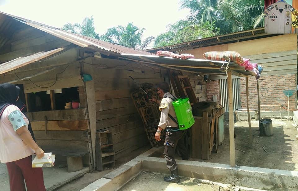 Tetap semangat demi melawan penyakit yg beredar pada d saat ini d desa Binaan