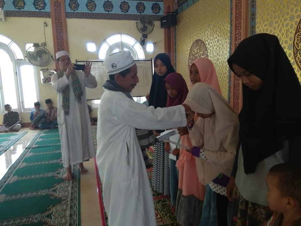 Dengan hadirnya Ramadhan, Insya Allah semua bergembira ..