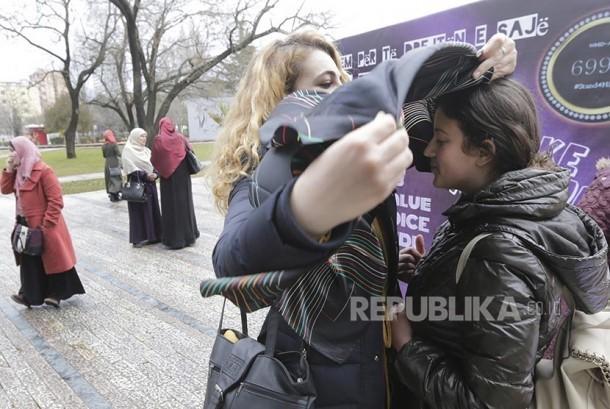 Hari Hijab Dunia Perangi Diskriminasi Muslimah