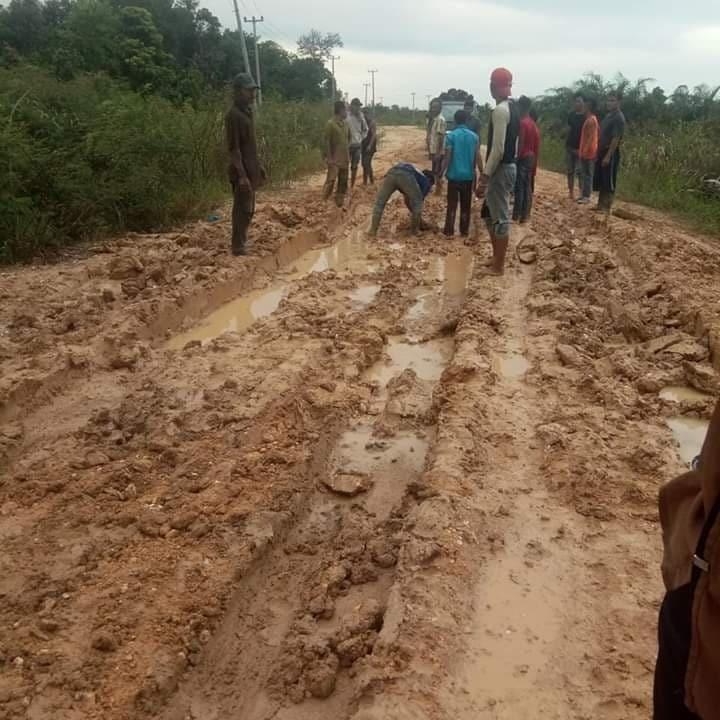 Kondisi terkini jalan menuju Rantau Binuang Sakti