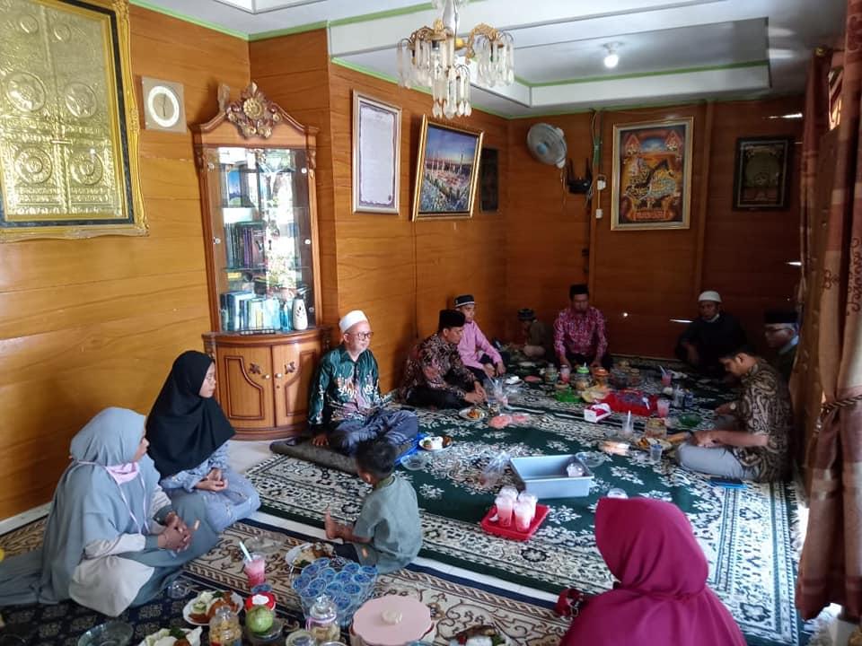 Silaturrahim ke rumah Abah Kiyai Haji Arif