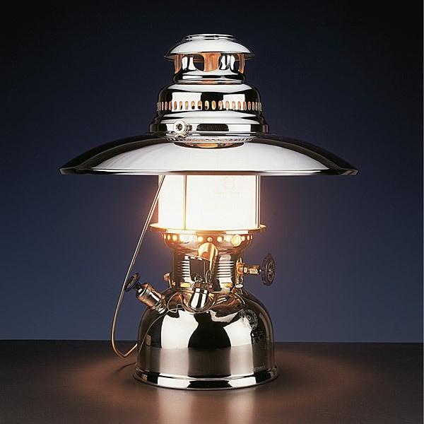 Lampu Strongkeng dan lampu hias.