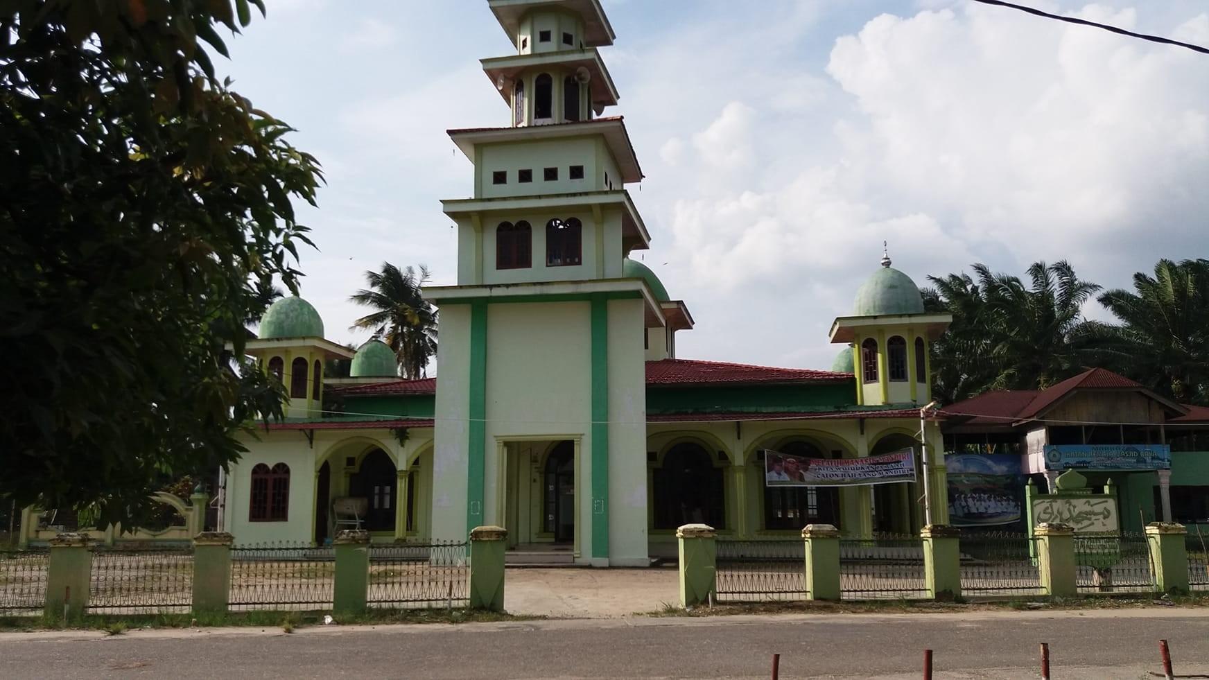 Masjid Raya Pekan Tebih