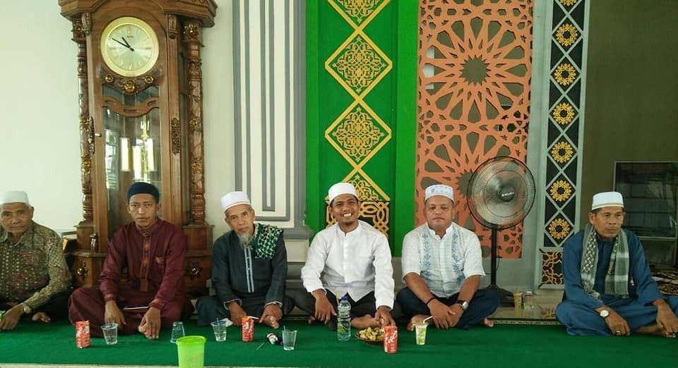 Alhamdulillah, bisa duduk bosamo dg sanak saudawo kaum famili d kampung ayah Pasir Pandak...