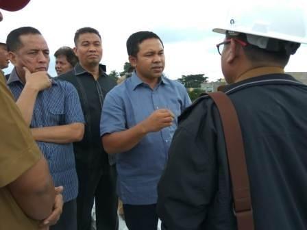 Dewan Pastikan Pembangunan Fly Over Simpang IV Mall SKA Tak Selesai Tahun Ini