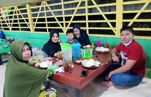 Berkah Ramadhan ,,  #Bukber with kluarga!!!