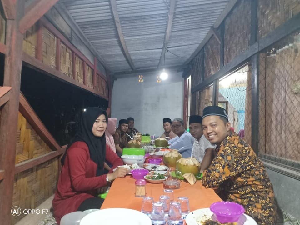 Buka Bersama Keluarga Besar Panwaslu Kecamatan Kepenuhan