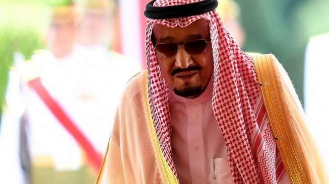 Terungkap! Kenapa Raja Arab Selalu Pakai Jubah Panjang