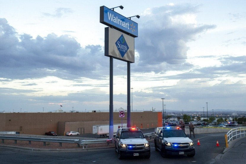 Polisi: Penembakan di Texas Merupakan Terorisme Domestik