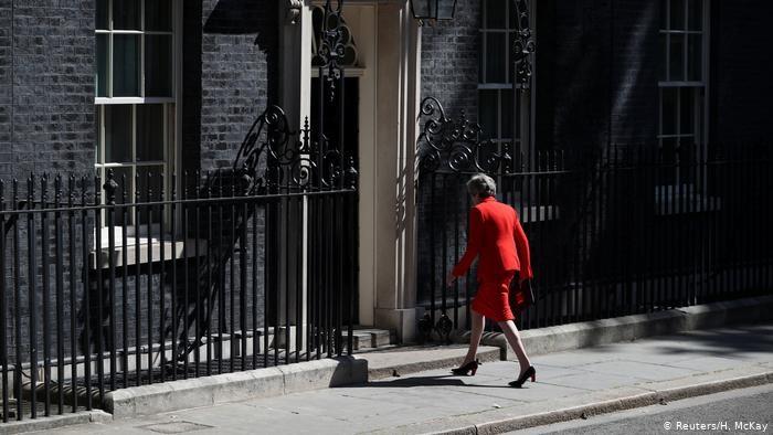 Para Pesaing Pengganti Theresa May Mulai Bertarung