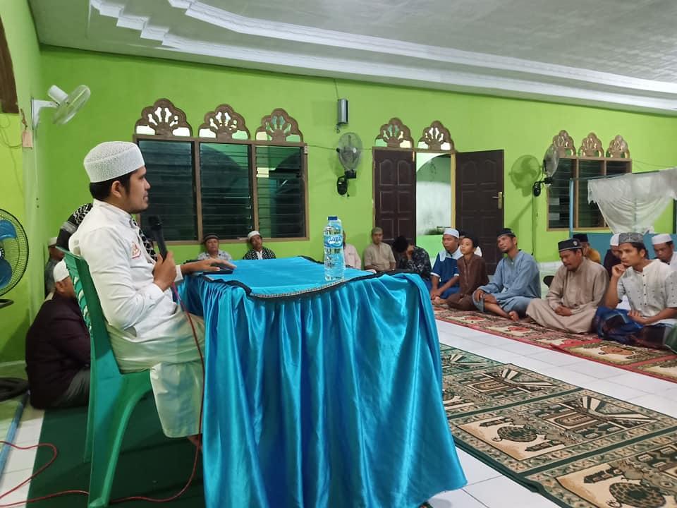 Kegiatan Wirid GSSB Desa Kepenuhan Timur, di Mesjid Raya Babussalam.